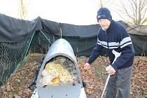 Jednašedesátiletý Josef Teska strávil na ulici sedmadvacet let. Teď využil možnosti přenocovat v iglú pro bezdomovce.