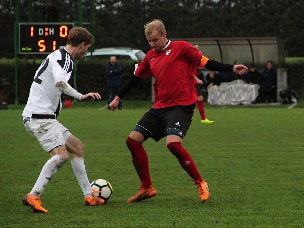 Fotbalisté Želatovic si doma poradili s béčkem Holice 3:0.