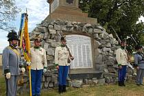 Na oběti prusko-rakouské bitvy, která se odehrála 15. července 1866 u Tovačova, vzpomínalo v sobotu u památníku asi šest desítek lidí.