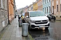 Exploze v pondělí 30. srpna 2021 večer poničila dodávku, zaparkovanou v Sušilově ulici v Přerově