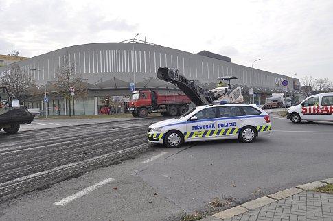 Dopravní situaci v Přerově komplikuje v těchto dnech uzavírka na křižovatce ulic Čechova a Šířava