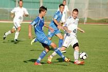 1.FC Viktorie Přerov (v modrém) – Sokol Lískovec