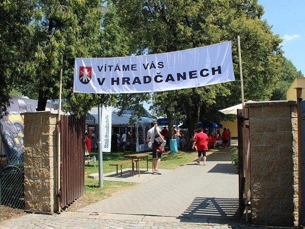 Vyhlášení výsledků krajského kola soutěže Vesnice roku vHradčanech