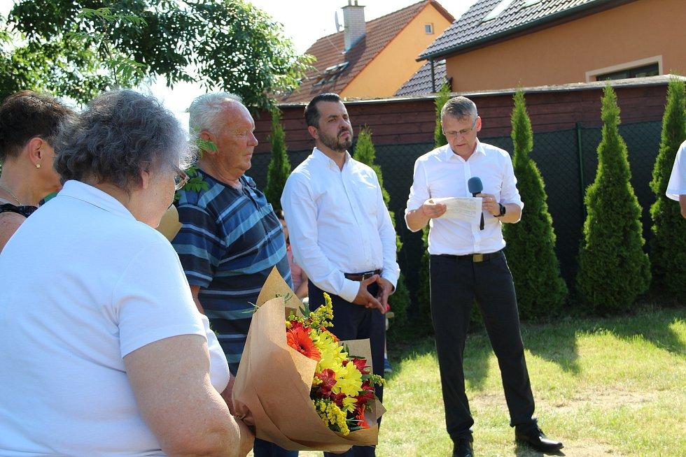 V Bochoři u Přerova vzpomínali na Františka Venclovského, prvního českého přemožitele kanálu La Manche. 19. června 2021