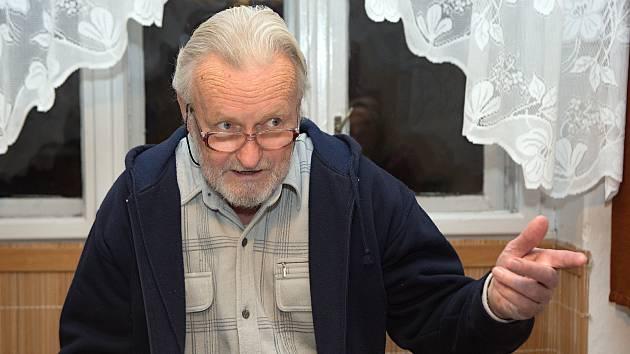 Tomáš Hradílek 13. den své protestní hladovky při rozhovoru pro Deník