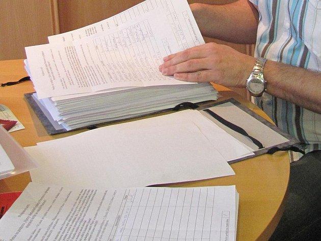 Přepočítávání podpisů pod peticí za dálnici