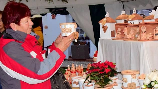 Vzpomínka na  výstavu vánoční keramiky v Brodku u Přerova v roce 2019.