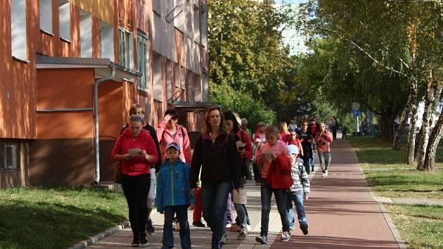 Již osmnáctý ročník historicko-přírodovědné putování Po stopách mamutů odstartoval na Základní škole Komenského v Přerově.