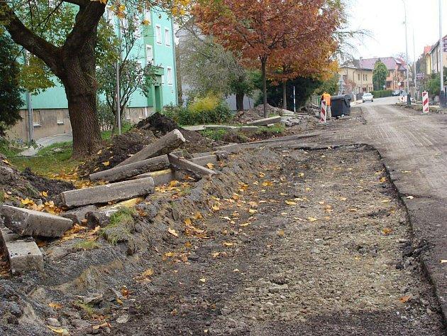 Oprava Lančíkovy ulice u hřibitova v Přerově