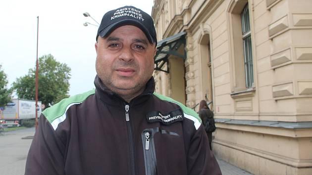 Na bezpečnost v lokalitách u přerovského nádraží dohlíží také asistent prevence kriminality Pavel Mirga.
