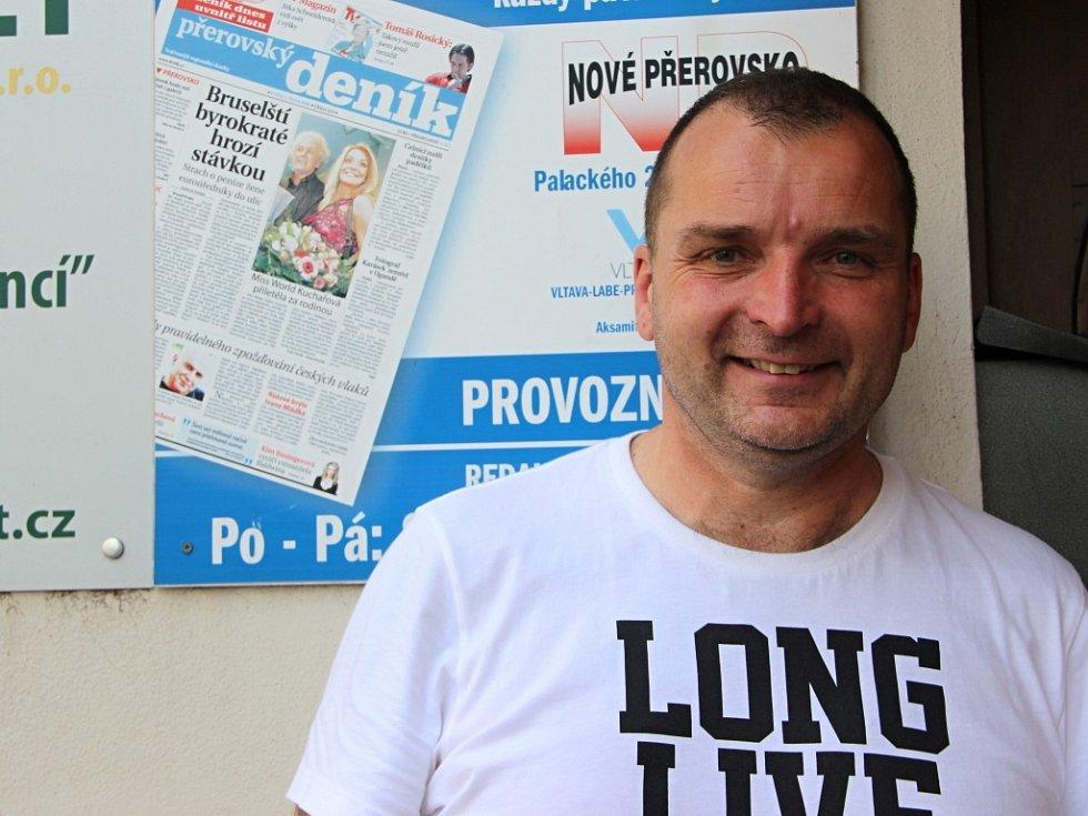 Zpěvák Pavel Novák