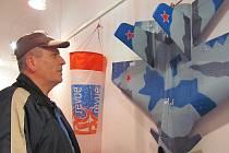 Modely historických letounů mohli obdivovat návštěvníci, kteří v sobotu zavítali do galerie v prostorách Staré radnice v Hranicích. Výstava s názvem Báječné létající stroje potrvá až do 20. února.