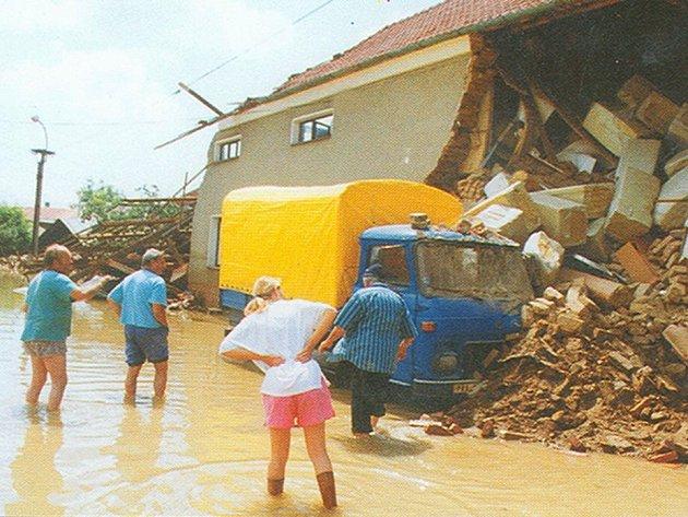 Vodní živel před deseti lety ničil vše, co se mu postavilo do cesty.
