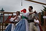 Kroje, tradice i zahraniční temperament. Třináctý ročník folklorního festivalu V zámku a podzámčí v Přerově