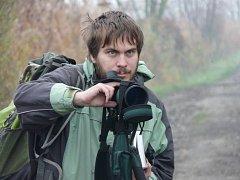 Ornitolog v akci. Ilustrační foto