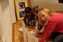 Děti v Muzeu Komenského v Přerově na entomologické expozici