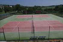 Nové tenisové kurty v Horní Moštěnici