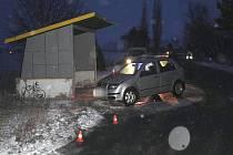 Nehody na kluzkých vozovkách na Přerovsku