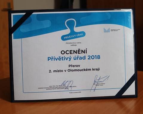 Magistrát Přerova se pyšní nálepkou Přívětivý úřad