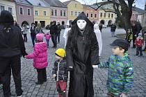 Strašidlácký rej na Horním náměstí v Přerově.