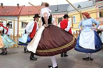 Folklorní festival V zámku a podzámčí na Horním náměstí v Přerově