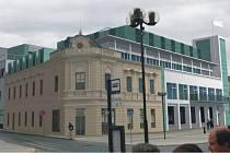 Tak měla podle původních plánů vypadat nová podoba přerovské radnice na Masarykově náměstí. Studii město odložilo.