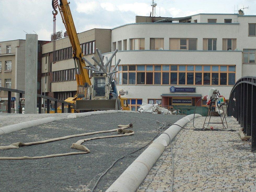 Práce na Tyršově mostě - 30.3.2012