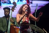 Roberta Gambarini & Trio (I / USA) Roberta Gambarini italská jazzová zpěvačka působící v USA.