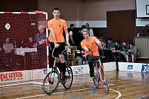 Přerovská dvojice kolové Matěj Karas a Michal Nitsche (v oranžovém).