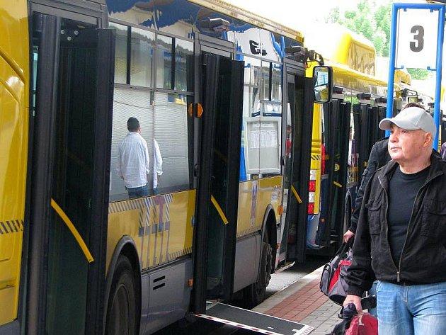 Autobusy přerovské MHD. Ilustrační foto