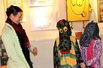 První polovinu trvání úspěšné výstavy v Galerii města Přerova, věnované čtvrt století Duha klubu Dlažka, oslavili v sobotu vpodvečer návštěvníci na akci s netradičním názvem Plesáž.