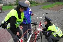 Policejní kontrola cyklistů v Přerově