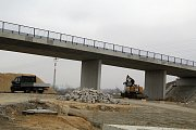 Mosty u Vinar a Čekyně, které jsou součástí dálnice D1 mezi Lipníkem a Přerovem.