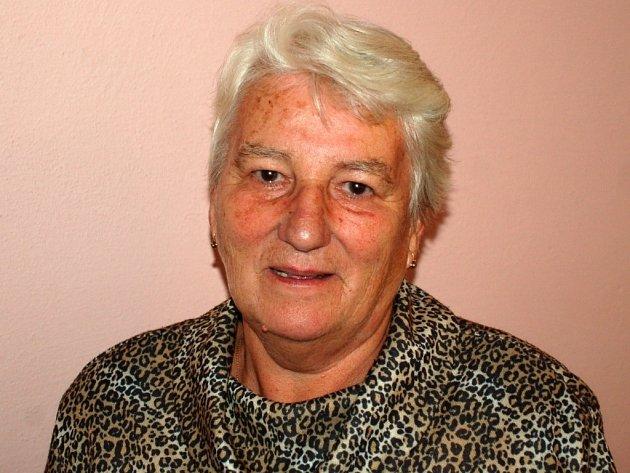 Třiasedmdesátiletá Jana Zavadilová působila v letech 1992 až 1998 na pozici ředitelky Oblastní charity Přerov. Zažila úplného začátky tohoto sdružení.