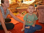 Část výtěžku Kabelkového veletrhu Deníku, který se koná 9. října v Galerii Přerov, poputuje i na zakoupení vertikalizačního stojanu pro malého Františka. Chlapec se narodil postižený a trpí dětskou mozkovou obrnou.