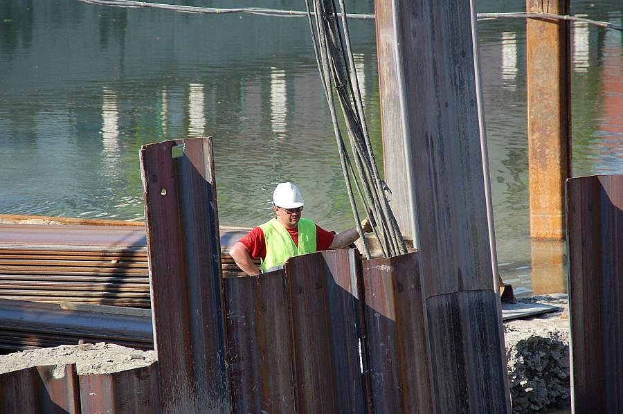 Práce na Tyršově mostě