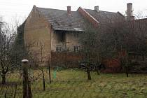 První dům v Dluhonicích, který majitelé prodali kvůli stavbě dálnice D1