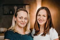 Uchovat recepty našich babiček pro příští generace se rozhodly dvě mladé ženy z Hradčan na Přerovsku - Olga Navrátilová a Martina Žákovská. Posbíraly mezi místními hospodyňkami na 130 rodinných receptů, které vyšly knižně.