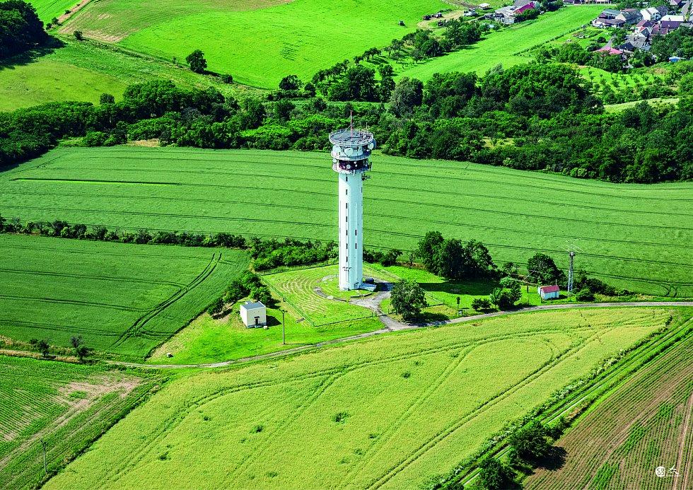 Stará Ves - vysílač na Holém kopci