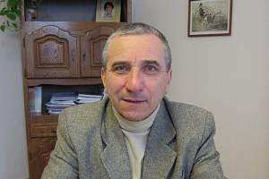 Starosta města Lipník nad Bečvou Miloslav Přikryl ve své kanceláři