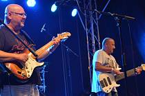 Koncert skupiny Buty na Dočesné v areálu přerovského pivovaru