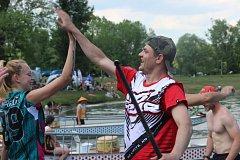 Festivalem dračích lodí ožil o víkendu areál přerovské Laguny.