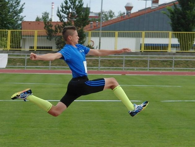 Mladí přerovští atleti úspěšně reprezentovali Přerov v Plzni na olympiádě dětí a mládeže. David Skřeček.