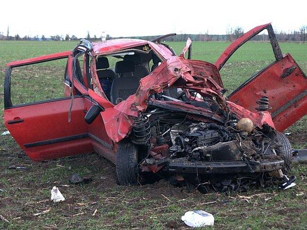 Následky tragické nehody u Říkovic na sjezdu z dálnice D1 ve směru Kroměříž – Přerov