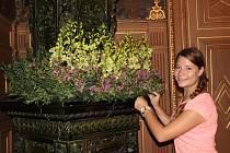 Tisíce květin rozmanitých vůní a tvarů provonělo v pátek komnaty tovačovského zámku, kde se koná unikátní setkání floristů, aranžérů a zahradníků z celé České republiky.