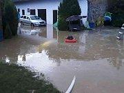Lokální bouřky si vyžádaly přibližně 40 zásahů hasičského záchranného sboru