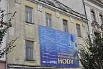 3. Zchátralá budova na nároží Wilsonovy ulice a náměstí T. G. Masaryka