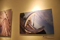 Výstavu snímků přerovské rodačky Marcely Szabó mohou obdivovat návštěvníci Galerie města na Horním náměstí. Expozici doplnily i vánočně laděné výrobky.