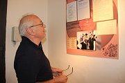 Výstavou v Galerii města na Horním náměstí oslavil své šedesátiny proslulý přerovský orchestr Academic Jazz Band. Vernisáž odstartovala v pátek odpoledne třídenní Svatovavřinecké hody.