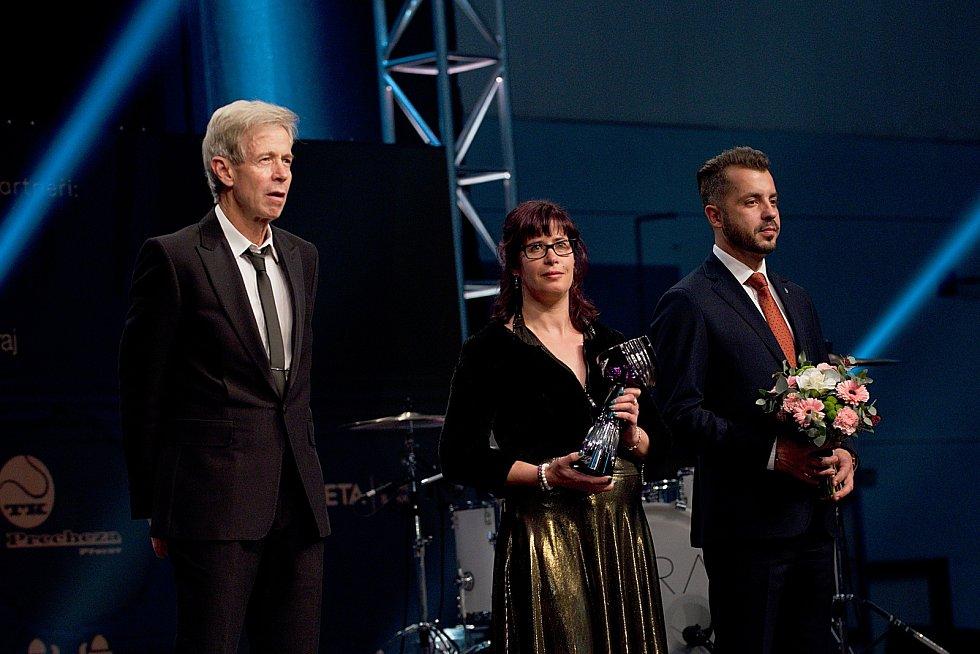 Otec Tomáše Berdycha Martin (vlevo). Galavečer k anketě Zlatý kanár 2018 v hale TJ Spartak Přerov.